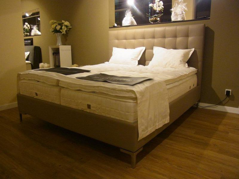 boxspringbetten galerie berlin wir freuen uns auf sie. Black Bedroom Furniture Sets. Home Design Ideas
